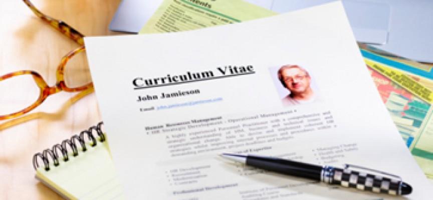 Cómo diferenciarte con la foto del curriculum