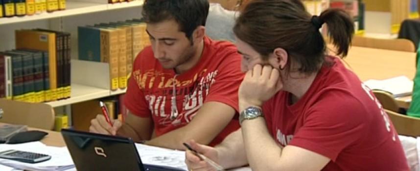 93 cursos gratuitos de teleformación para trabajadores y desempleados.