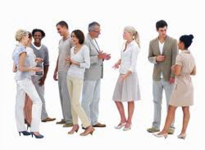 Cómo actuar en una entrevista de trabajo en grupo