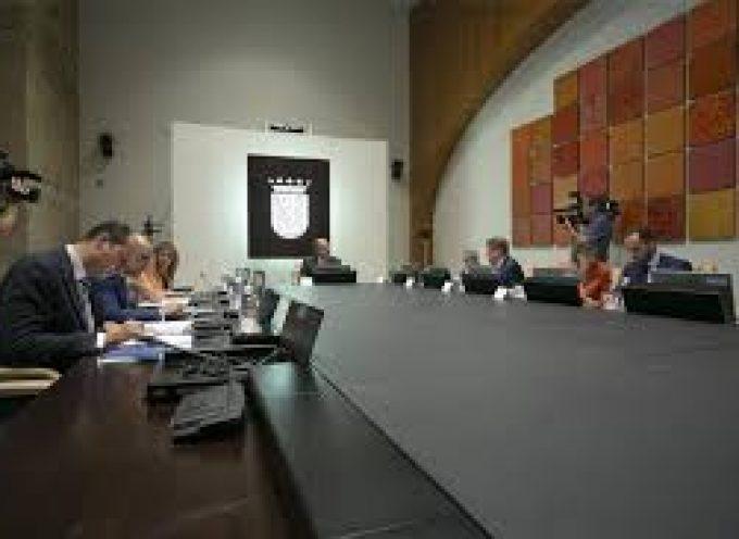 Extremadura mantendrá a los 153 agentes de empleo locales con 2,5 millones