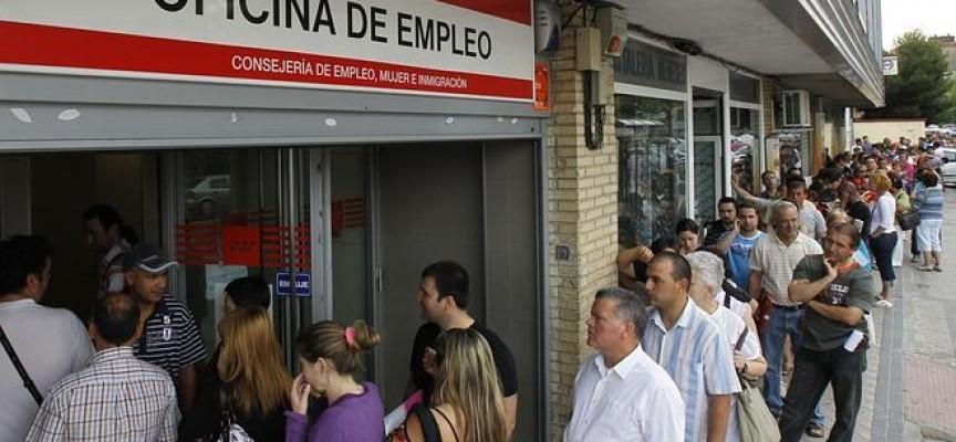 Las agencias privadas cobrarán hasta 200 millones de euros por insertar a parados