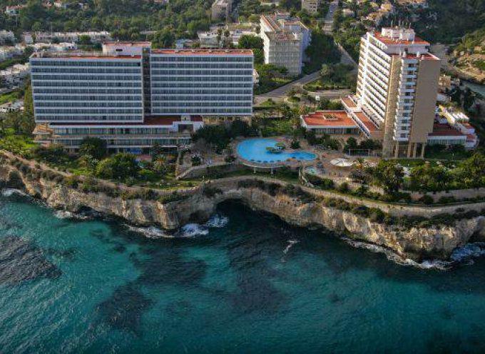 La patronal hotelera de Mallorca con los parados mayores de 45 años