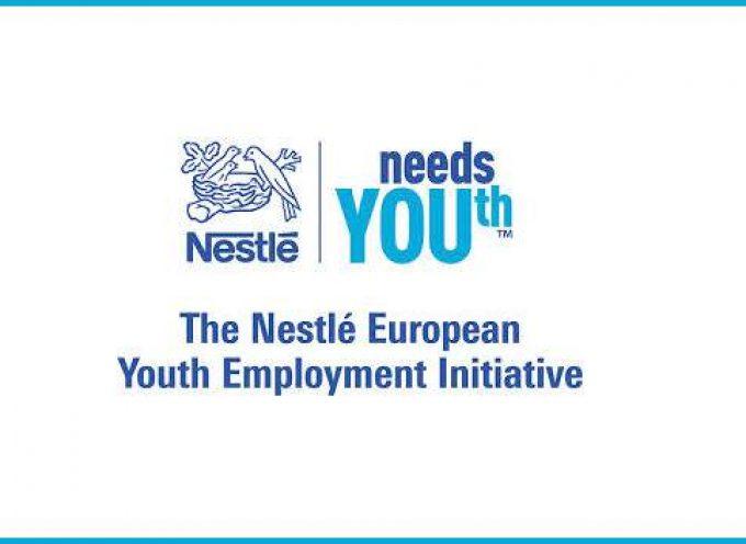 Más de 200 empresas europeas se comprometen a crear 100.000 empleos y becas para jóvenes