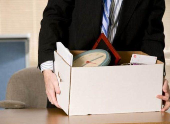 Uso de dispositivos tecnológicos en el trabajo: 10 errores que podrían costarte tu puesto