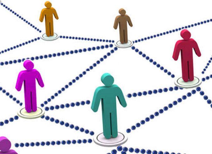 8 Consejos de Networking para Encontrar Más Trabajo