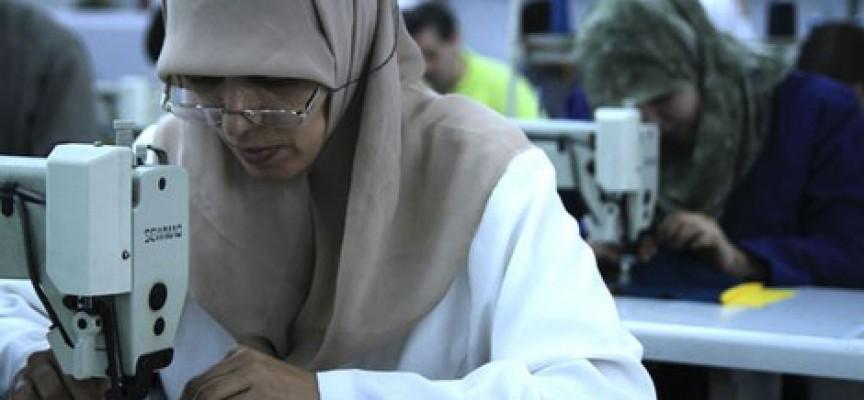 Inditex 'made in Marruecos': 65 horas de costura a la semana por 178 euros al mes