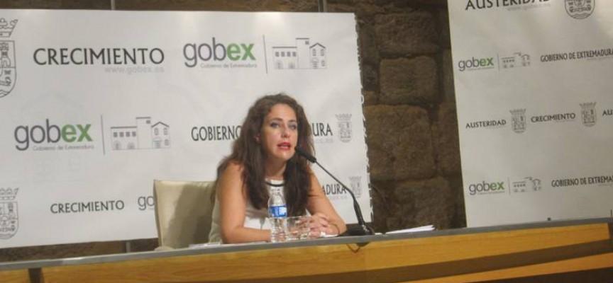 Extremadura contratará 1.500 desempleados mayores de 45 años en el 2015
