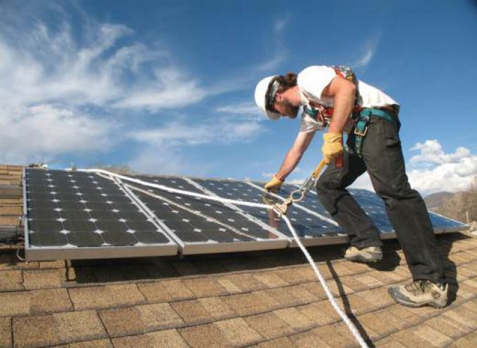 Un modelo de generación eléctrica distribuida y renovable podría crear 135.779 empleos