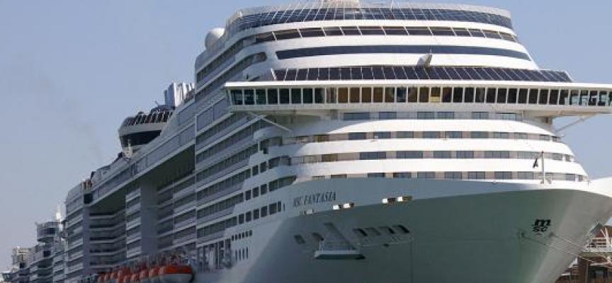 Mobicacrew ofrece 375 empleos a españoles para trabajar en cruceros.