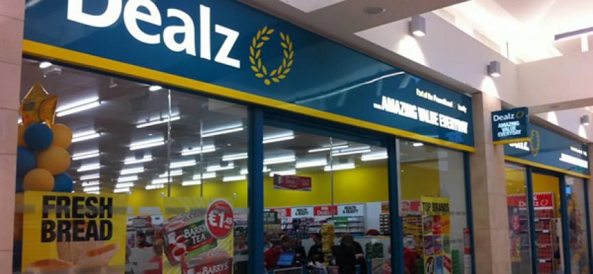 Se crearán 500 empleos en 10 nuevos supermercados.