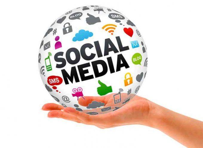 7 guías gratis de redes sociales para el community manager