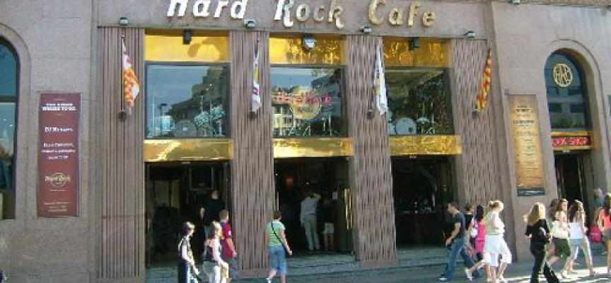 Se necesita personal para cubrir 59 puestos de trabajo en el nuevo establecimiento de Hard Rock Café en Málaga
