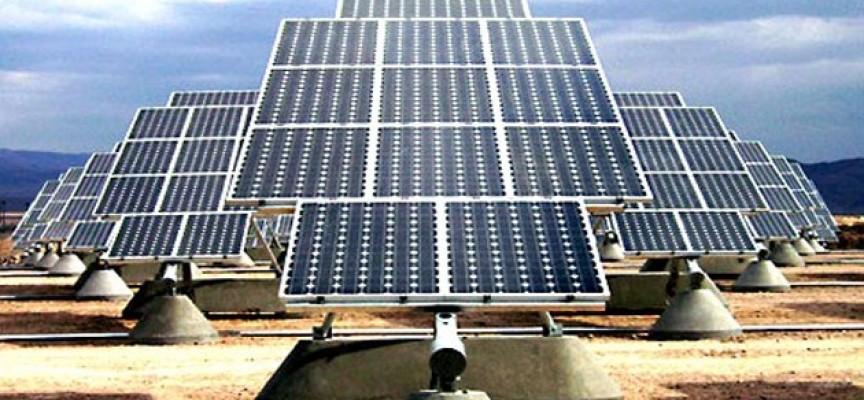 La construcción de una planta solar creará en Elche más de 500 empleos a partir de 2015