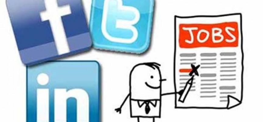 El auge de las redes sociales obliga a los parados a adaptarse