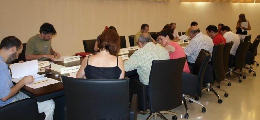 Primera convocatoria de 30 BECAS de prácticas PRAEM en empresas. Andalucía