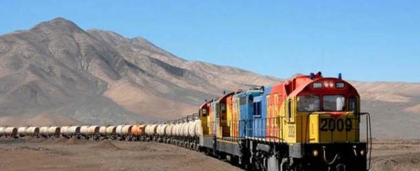Trabajar en Chile: Construcción, Minería e Informática, los sectores con más posibilidades de empleo