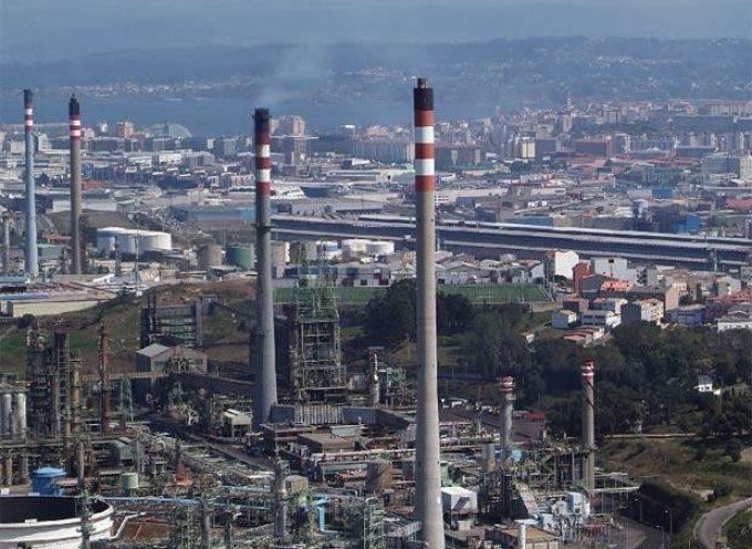 La revisión de la refinería de Repsol en A Coruña creará 500 empleos en su fase punta.