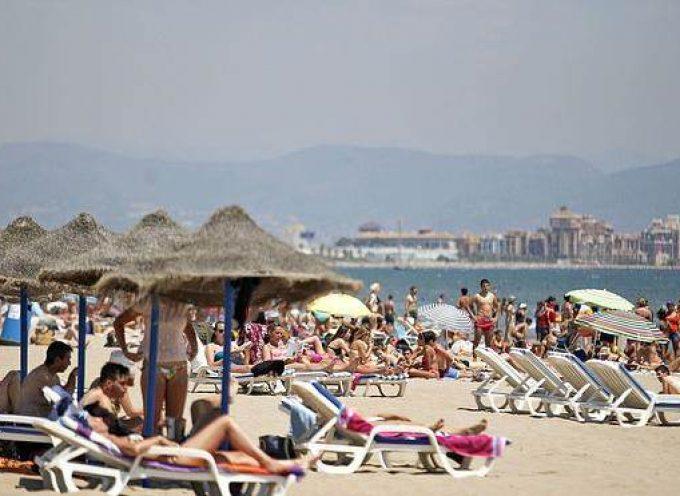 La Generalitat Valenciana contratará 1.000 informadores para las playas