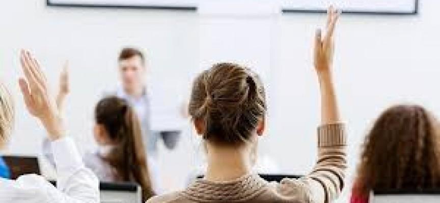 Informe con las carreras universitarias más demandadas.