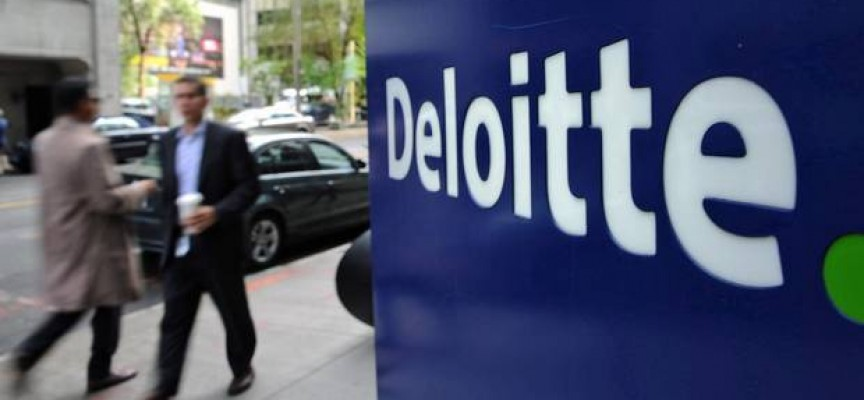 Deloitte contrata a 600 jóvenes. Actualmente publica más de 60 ofertas en España