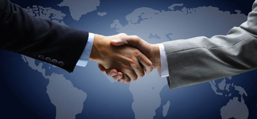 ¿Quieres formarte como diplomático? El Gobierno recuperará las prácticas remuneradas a partir de 2016