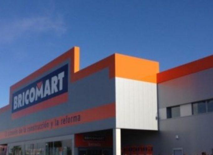 Bricomart busca personal de caja, venta y ofrece primer empleo para jóvenes.