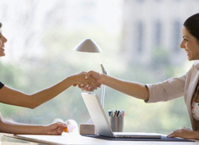 """25 preguntas que siempre """"caen"""" en una entrevista de trabajo"""