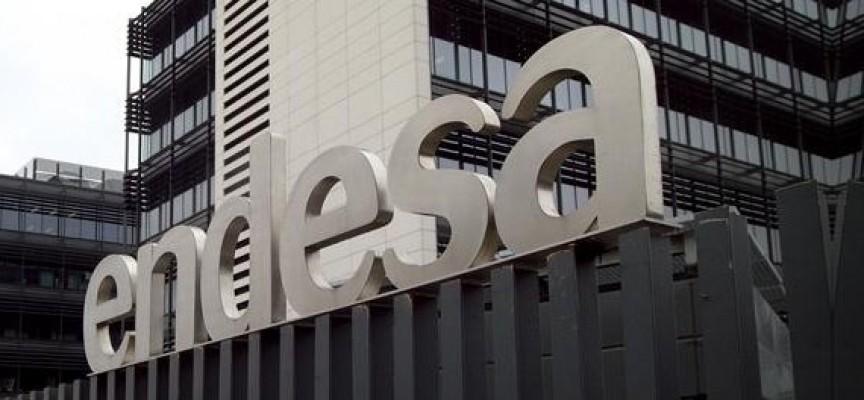 Endesa crea 500 empleos en el primer centro de operaciones de televenta.
