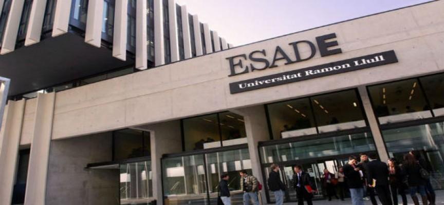 Esade y Red.es convocan becas por valor de 120.000 euros