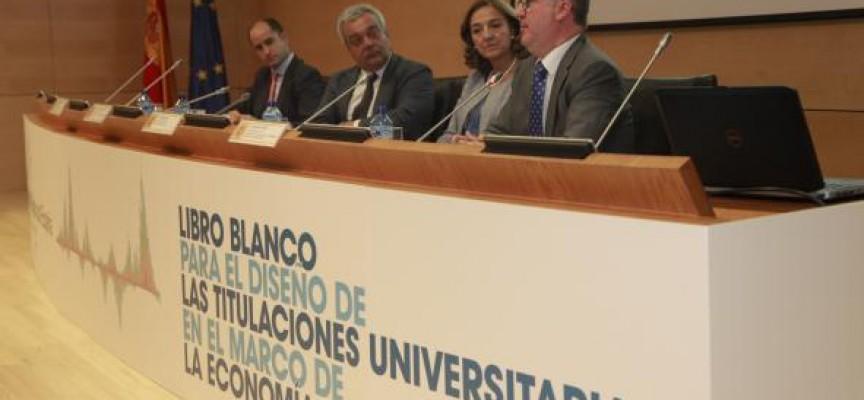 LIBRO BLANCO. Los Perfiles y competencias profesionales de la economía digital