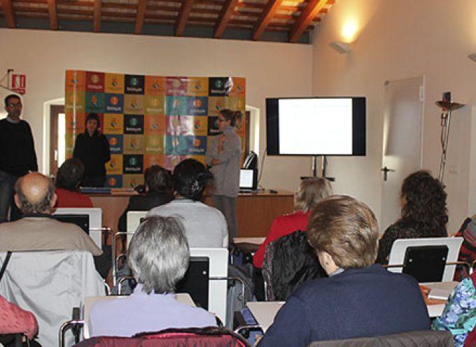 Benicàssim (Castellón) da a conocer sus servicios para empresarios de la Agencia de Empleo y Desarrollo Local