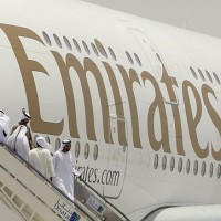 La aerolínea Emirates lanza una oferta de trabajo para 3.000 tripulantes de cabina