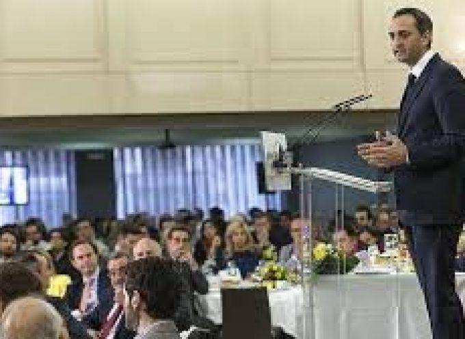 La zona franca de Alicante podría generar 84.000 empleos