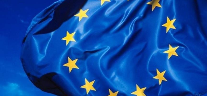 Contratación de técnicos de información europea. Abierta solicitud