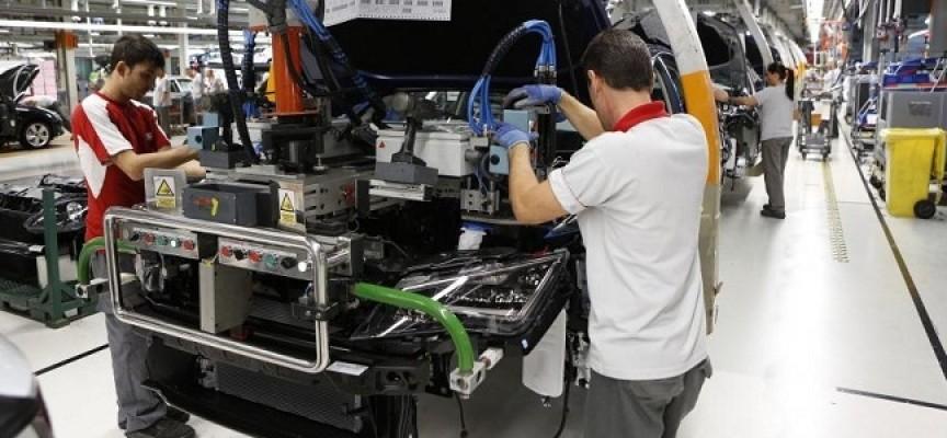 SEAT contratará a 100 trabajadores en la planta de Martorell