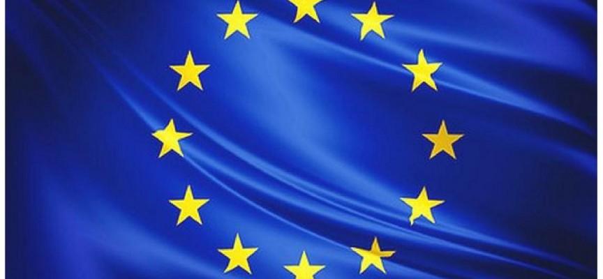 1.300 plazas remuneradas para realizar prácticas en la Comisión Europea.