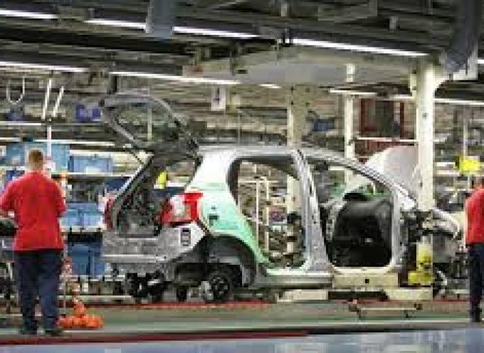 Las fábricas de automoción de Renault sigue creando empleo.