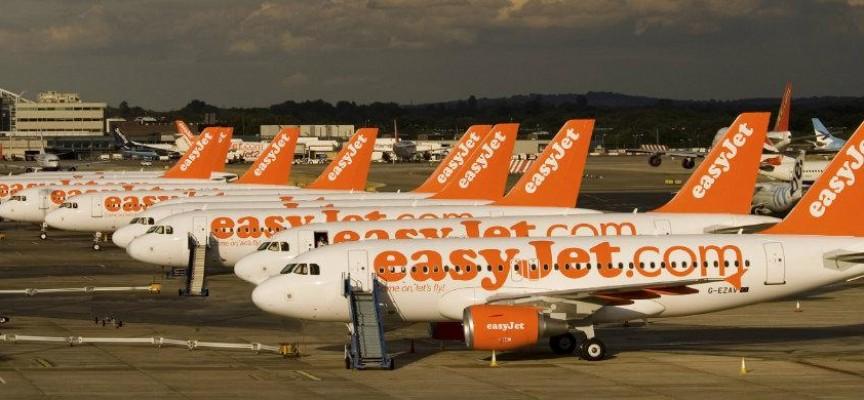 EasyJet creará 250 nuevos empleos en su base de Barcelona.