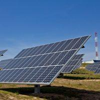 Endesa contratará 300 personas en sus plantas fotovoltaicas de Carmona