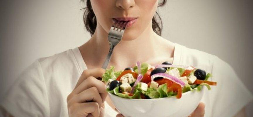 ¡28 hábitos saludables en el trabajo rápidos y sencillos!