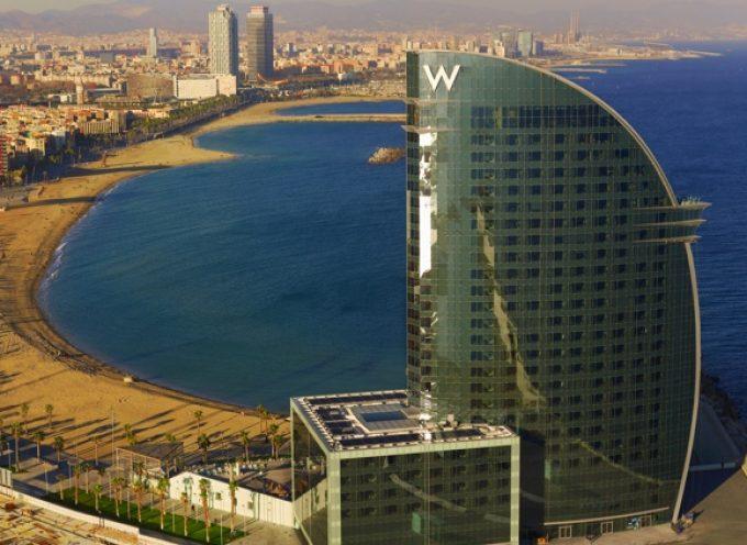 El Hotel W de Barcelona contratará 150 personas para la temporada de verano