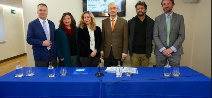 La Fundación Cajasol ha presentado su programa de apoyo a emprendedores