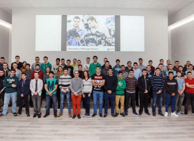 Volkswagen Navarra duplica la oferta de práctica para estudiantes de formación profesional