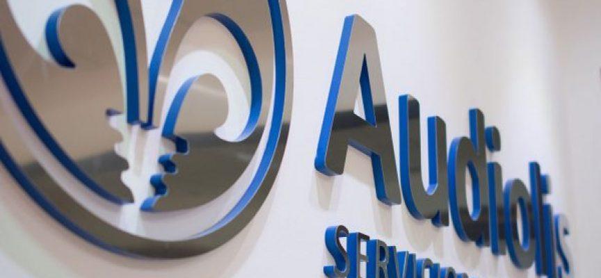 Audiolís busca 100 docentes para su centro en Antequera