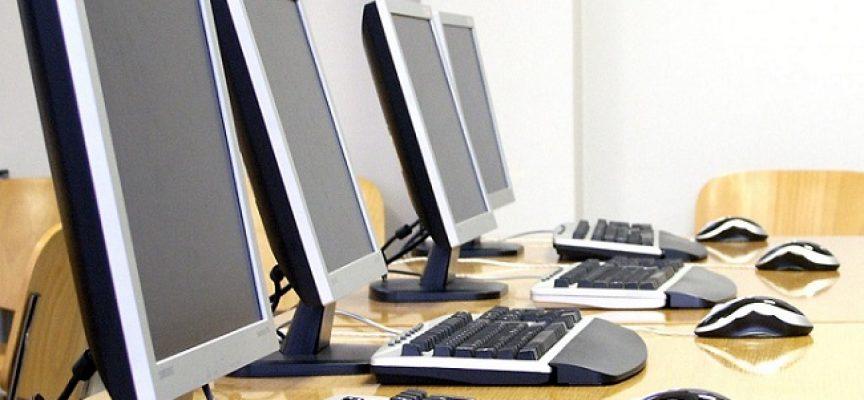 """""""OUTpost 24"""" selecciona consultores de aplicaciones web y gestor de oficina. Plazo 30 de junio 2016"""