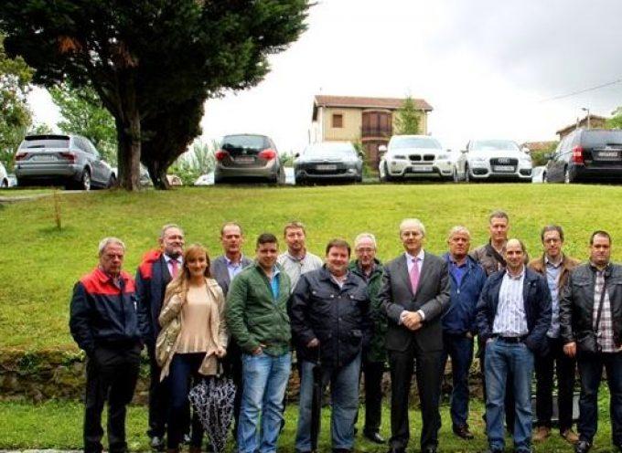 Petronor se compromete a formar a desempleados de varios municipios vizcaínos