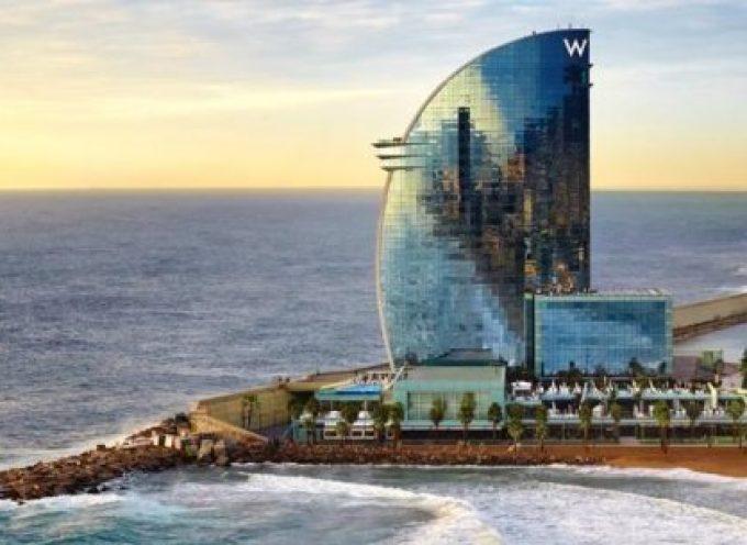 El Hotel W de Barcelona busca 150 trabajadores
