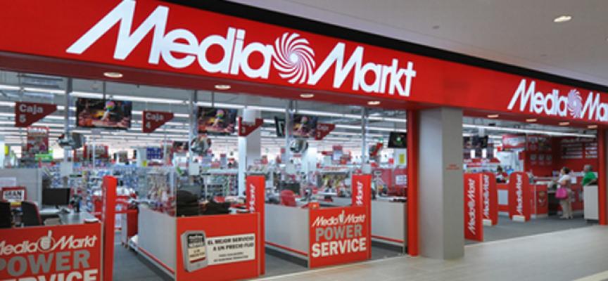 Hasta el 31 de agosto. Atención #almería #barcelona | MediaMarkt busca personal de tienda para sus aperturas en Finestrelles y Torrecárdenas