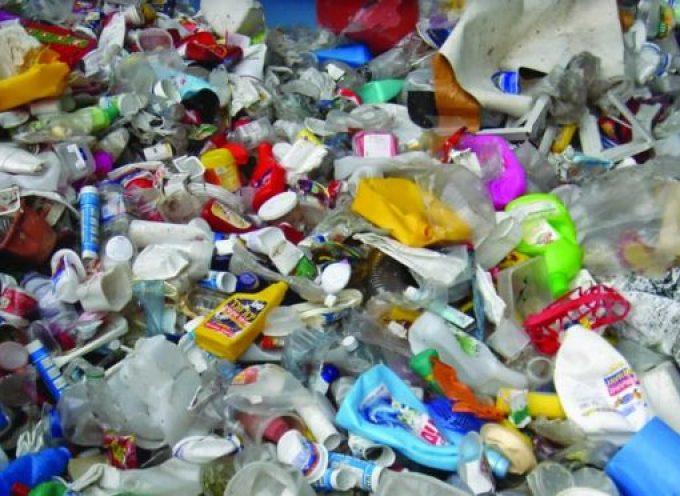 Primera estrategia europea para luchar contra los residuos plásticos