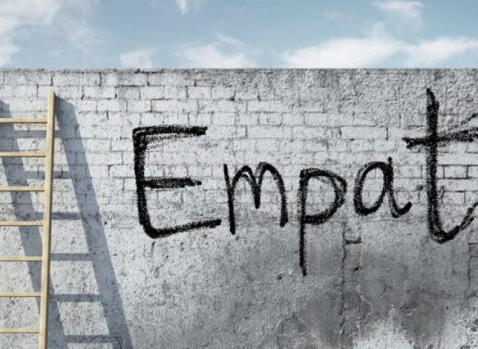Qué es la empatía y por qué es importante en el trabajo